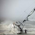 Heves esőzéssel és hullámveréssel érkezett az Irén hurrikán