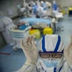 Kínában bevetettek egy robotot, hogy végezze el a koronavírus-vizsgálatokat