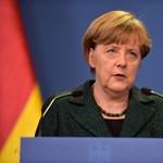 Merkel is ott lesz a holnapi német–holland meccsen