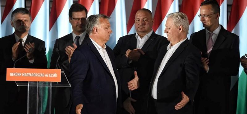 Lakner Zoltán a Fülkében: Orbánnak megmutatták, hogy itt van egy fal