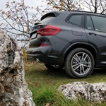Újabb zöld rendszámos divatterepjáró, jön a hibrid BMW X3