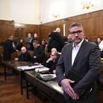 Simonka bejelentette, vallomást tesz a fideszes politikusról, aki kizáratná őt a pártból