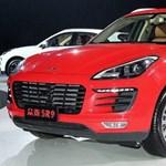 A kínaiaknál még parádés bemutatót is kapott a durva Porsche-koppintás