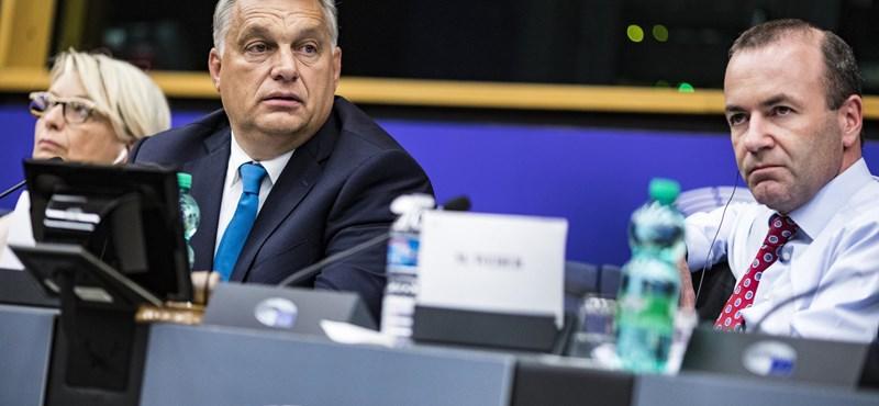 Esélyesnek tartja Orbán Viktor, hogy a Fideszt kizárják az Európai Néppártból