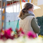 A virágárusok továbbra is nyitva lehetnek a piacokon