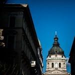Bezárták a Szent István-bazilikát, mert többen koronavírusosak lettek