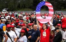 Timothy Snyder: A rasszizmus miatt hatott a Trump-hívők összeesküvés-elmélete
