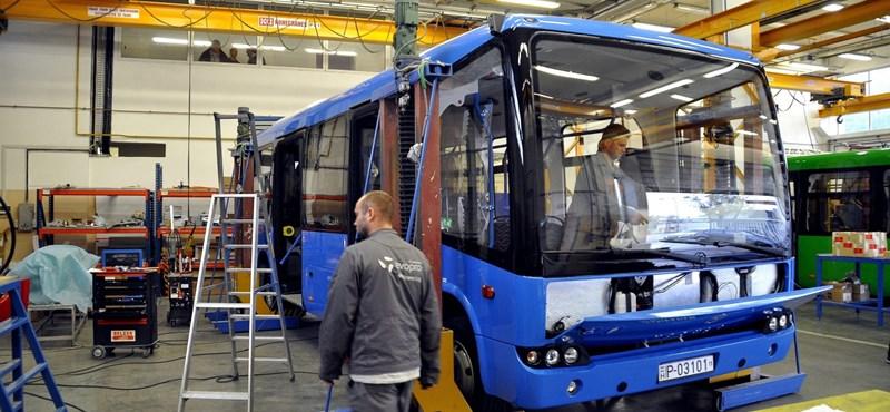 Hónapokra kiestek a BKV vadonatúj elektromos buszai