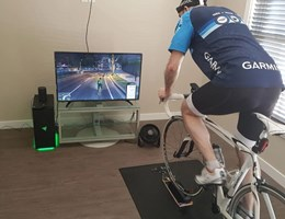 Így egyszerre biciklizhet a GTA 5-ben és a valóságban – videó