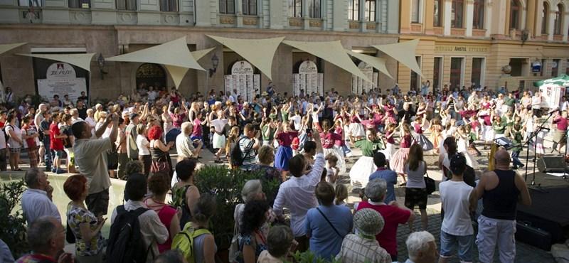 Pécsi Országos Színházi Találkozó – Tizenhat előadás a versenyprogramban