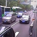 Nem engedte leszállni a bácsit a buszsofőr, de ő ettől nem jött zavarba - videó