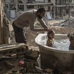 Megdöbbentő fotómontázsokkal sokkol egy török művész