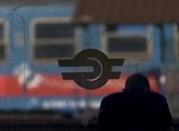 Szeged és a Balaton északi partja felé is késnek a vonatok műszaki hiba miatt