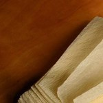 A Sony bemutatta az első újrahasznosított papírból előállított elemet