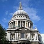 Harminc métert zuhant, meghalt egy nő a londoni katedrálisban