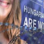 Szögesdróttal torlaszolták el a velencei magyar pavilont