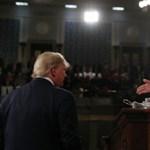 A demokrata házelnök összetépte Trump évértékelő beszédét – videó
