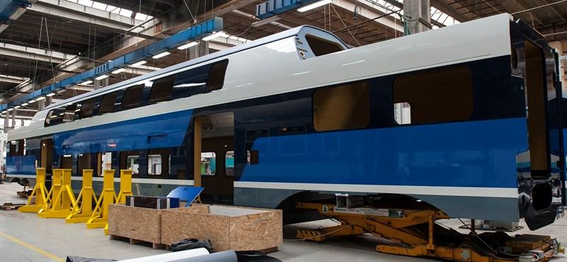 Újabb emeletes vonatokat gyártat a MÁV, csak azt nem tudni, hol