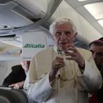 Képgaléria: megérkezett a pápa Spanyolországba