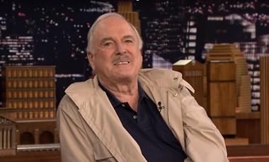 John Cleese: Hülyeség volt törölni a Waczak szálló epizódját
