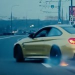 Valószínűleg az összes közúti szabályt megszegte ez a BMW-s – videó