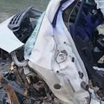 Valószínűleg nem voltak bekötve a 6-os úti baleset halálos áldozatai