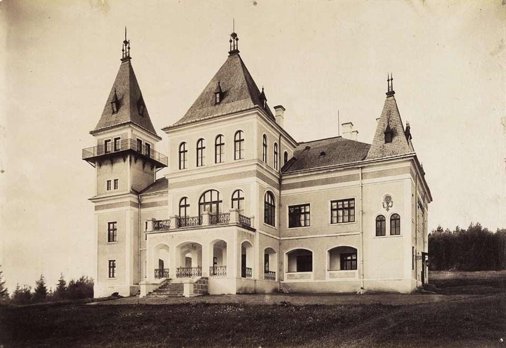 fortep_! - Klösz György kastély nagyítás - Zichy Jenő gróf magaslaki vadászkastélyának főhomlokzata. A felvétel 1895-1899 között készült.