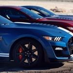 Elképesztően gyorsul és lassít a legkeményebb Mustang