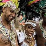 A riói karneválozók visszavágnak a homofób Bolsonarónak