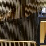 Óriászongorával cukkolja Vajna Tímeát az állami hírügynökség