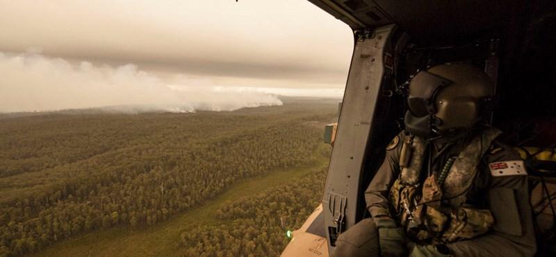 Oltásban segítő helikopter okozott újabb tüzet Ausztráliában