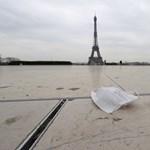 Párizsban már színházat foglalnak az egyetemisták