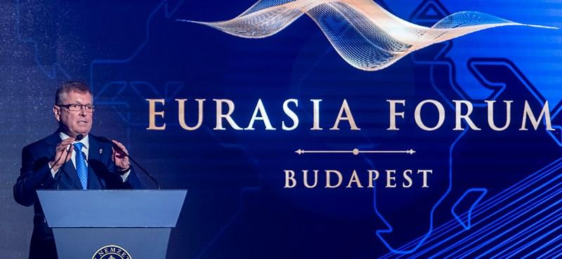 Matolcsyékat nem zavarja a 334 forintos euró, azt is elmondták, miért