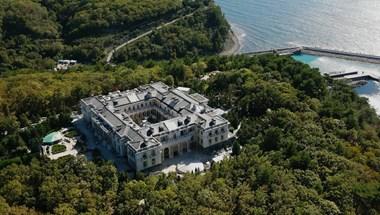 Egy éve vezettek be repülési tilalmat Putyin fekete-tengeri palotája felett