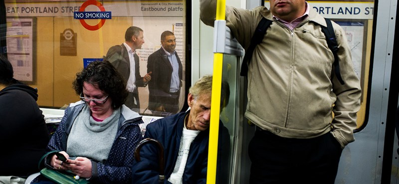 El lehet menni: A maga ura lett a londoni metrón