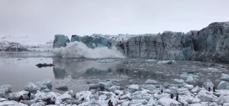 Emléktáblát állítanak az első gleccsernek, amit kinyírt a klímaváltozás