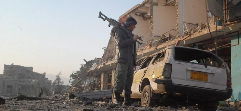 Egyre nagyobb területen úr a talibán Afganisztánban
