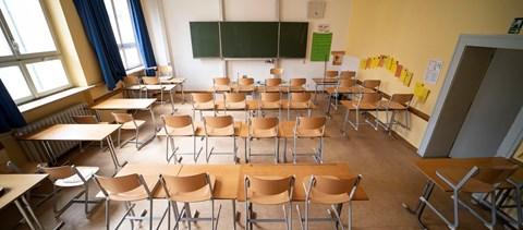 Újranyitnak vagy zárva maradnak az iskolák a többi országban? Tanévkezdési körkép