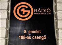 O1G-sre cserélte a Momentum egy kecskeméti rádió logóját