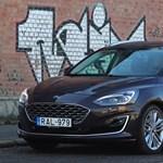 Luxus hátizsák: teszten a Ford Focus Vignale kombi