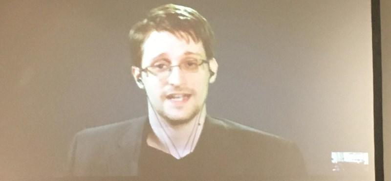 Snowden Orbánékkal példálózva érvelt a hatalom jogainak bővítése ellen