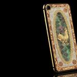 Luxus felsőfokon: ilyen iPhone készült a kínai újév tiszteletére