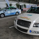 Gyorsteszten a Toyota FCHV-adv – így autózhatunk olcsón
