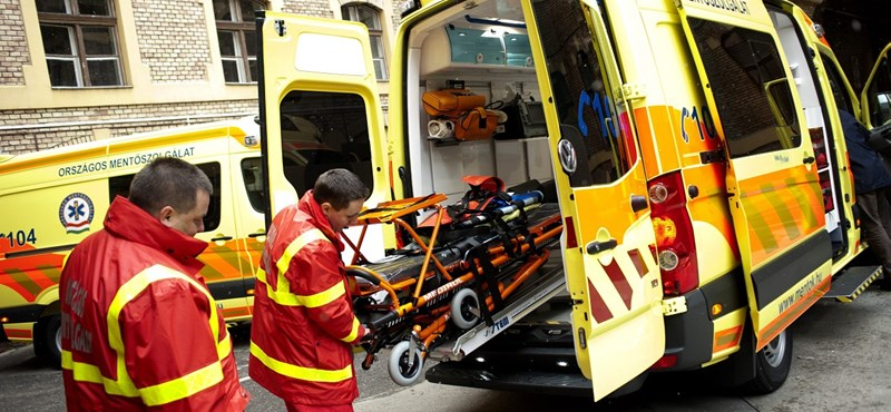 Közbeszerzés a mentőknél: sem rokona, sem ismerőse?
