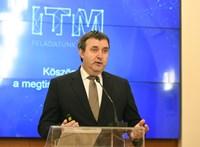 Parlamenti bizottságok korlátoznák Palkovics hatalmát