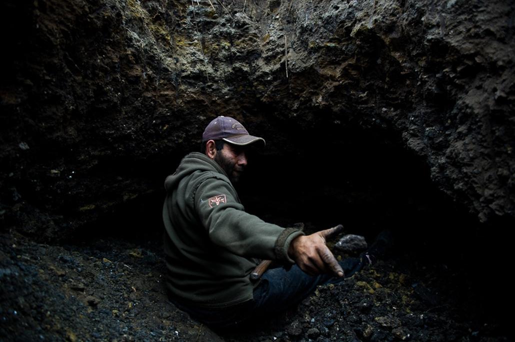 Farkaslyuk, szénbányászat, bánya, cigányság, nagyítás