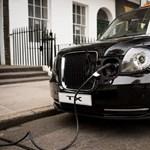 Londoni villanytaxit is lehet hamarosan venni Budapesten