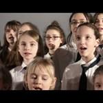 Moziteremben dalolt az Oscar-díjas kórus – videó