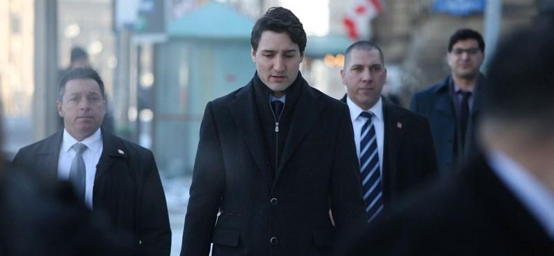 Megkezdődött az előzetes szavazás Kanadában
