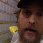 Videó: Matthew McConaughey szerint a VHS menőbb, mint a stream